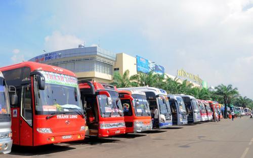 Vá xe du lịch ở Thuỳ Vân